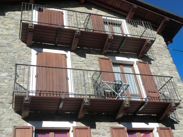 Terrazze e balconi deck composito prodotti in for Arredo balconi e terrazze